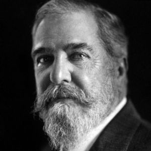 louis comfort tiffany photo