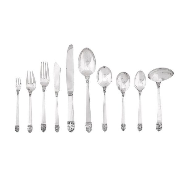 Alfred G. Kintz (1884-1963) for International Silver Co. Northern Lights flatware service for six, with serving articles knife: 8 7/...