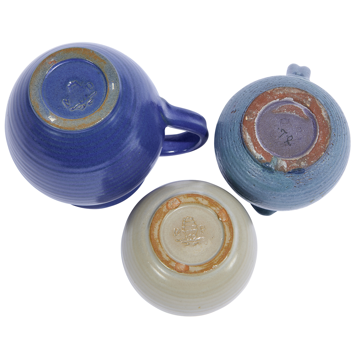 """Marblehead assembled group of two (2) creamers and one (1) sugar bowl largest: 5""""w x 4""""d x 4 1/2""""h"""