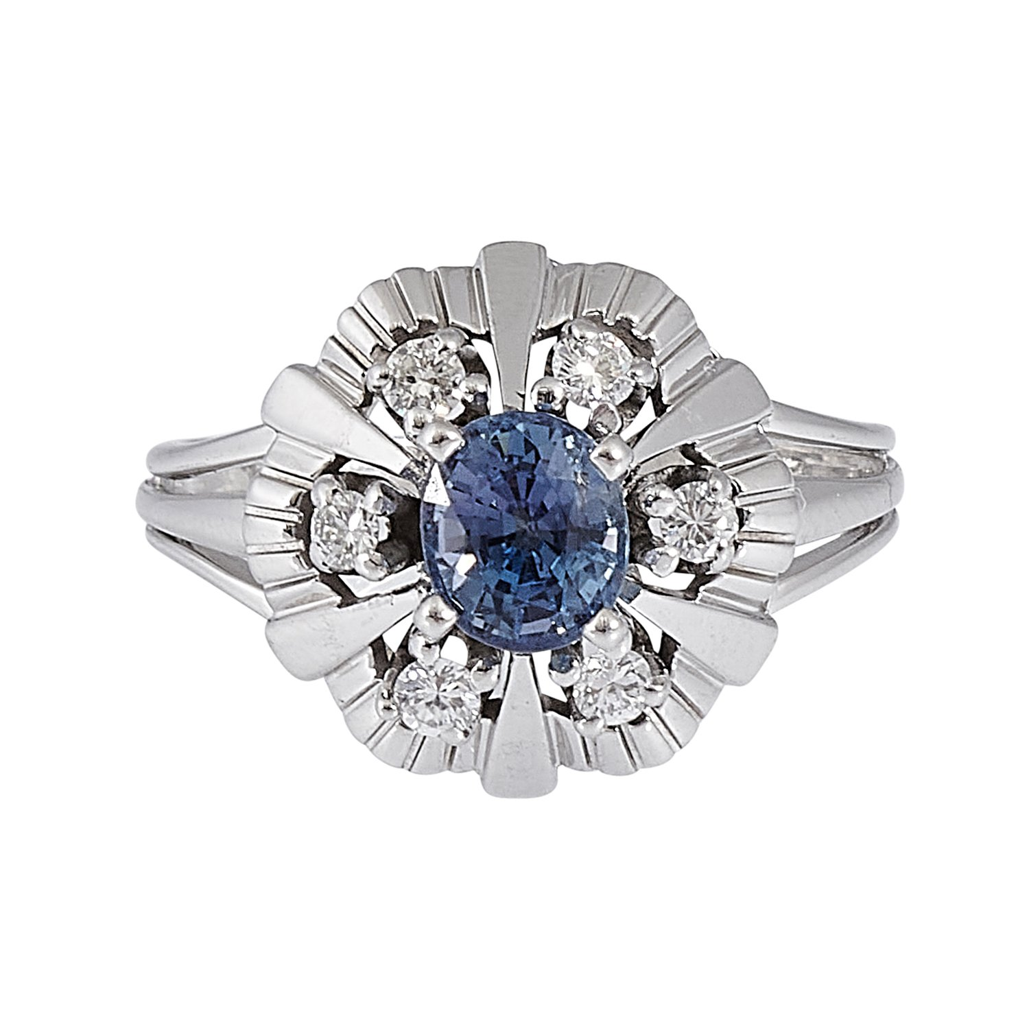 Contemporary white gold, sapphire and diamond ladies ring size: 5